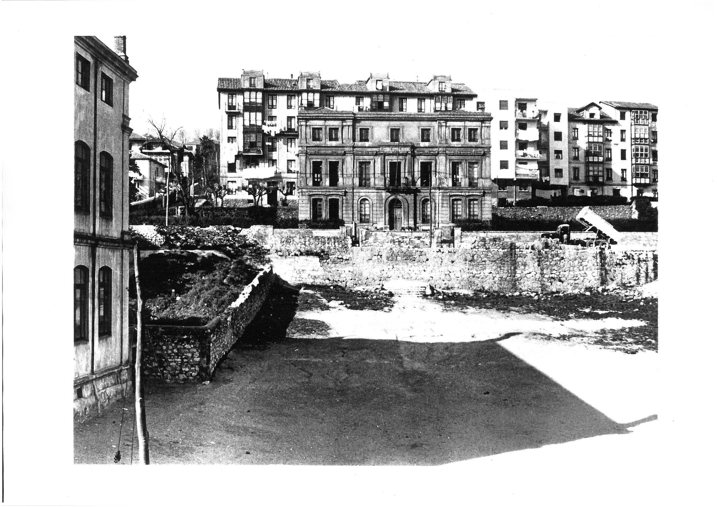 foto antigua del colegio